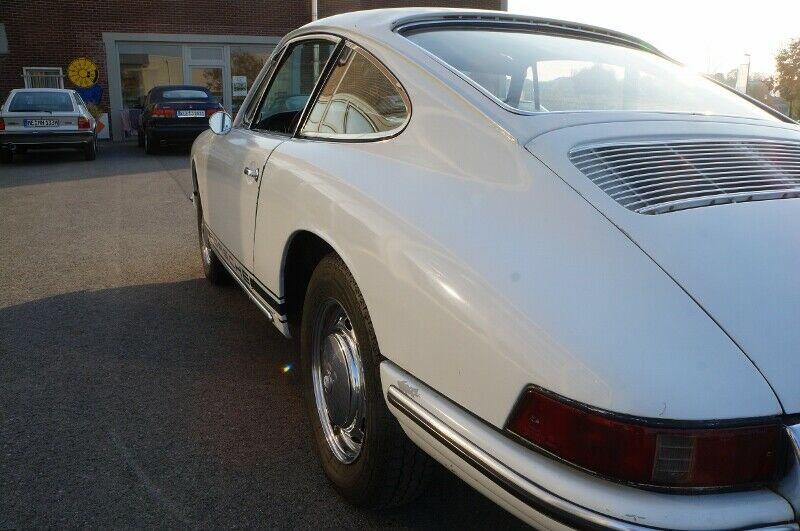 Fahrzeugabbildung Porsche 911 2.0 aus 1965